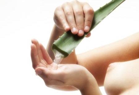 4 liệu pháp trị sẹo mụn bằng thiên nhiên3