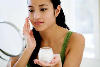 Sử dụng kem trị sẹo lõm hiệu quả nhất 4