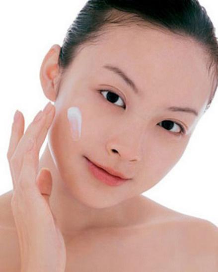 Những lưu ý khi sử dụng kem trị sẹo mụn 2