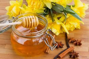 Vì sao trị sẹo lõm bằng mật ong lại được nhiều người lựa chọn?