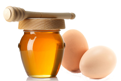 """""""Tự chế"""" mặt nạ lòng trắng trứng gà trị thâm dễ áp dụng nhất 2"""