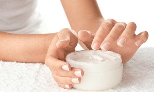 TOP 4 cách trị sẹo bỏng do nước sôi an toàn tại nhà3