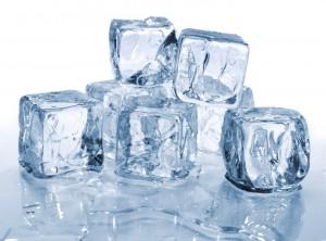 Cách chữa sẹo lõm trên mặt tại nhà bằng đá lạnh