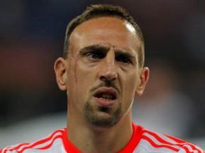 Ribery đã quyết không xóa sẹo trên mặt