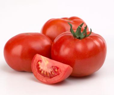 Ăn cà chua rất tốt cho da
